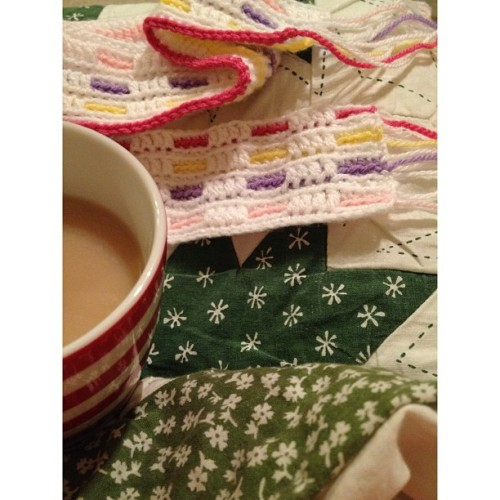 Friendship Pattern Blanket.  Just winding down for the night…enjoying some tea and crocheting one more row on my blanket before I go to bed. This pattern is really growing on me, I have never heard of or seen this pattern being used before until I came across it a few days ago on YouTube. It's called the 'friendship afghan' and  I'm really taken by it, it's quite a simple pattern using only sc and dc stitches. This is just one of the many projects I'm working on at the moment. I like to work on a few at a time so that when I need to take a break on one thing I can pick up something else to work on.