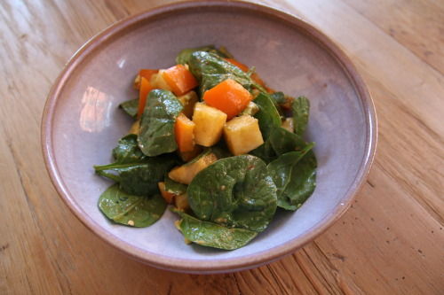 tarastileseats:  Sweet and Savory Spinach Delight You'll Need 1/4 whole pineapple chopped 1 avocado 1 orange bell pepper 4 handfulls spinach 1 table spoon balsamic vinegar 1 teaspoon dijon mustard sprinkle crush red pepper flakes Now What Chop and combine pineapple, bell pepper, avocado & spinach Mix dijon, balsamic and red pepper flakes in separate bowl Combine and Mix Enjoy!