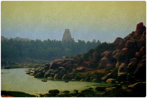 Exploring the ruins of Hampi… A UNESCO World Heritage Site and home to endless temples and ruins dating back to the 14th century. A truly magical place.  Karnataka, India