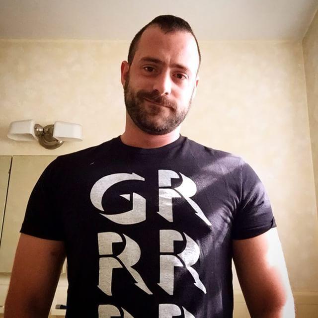 2018-11-27 22:02:56 - matt got fuchsd silberfuchsnyccom beardburnme http://www.neofic.com