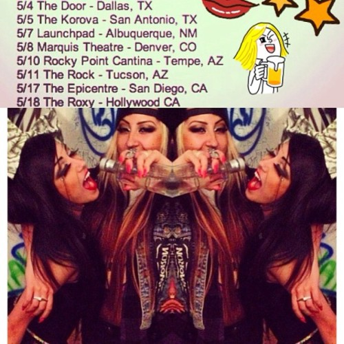 DALLAS, TX toniiiight & SAN ANTONIO tomorrow! Come party with us Texas! 🍻🎤🎀💋🚌🎶 @themillionaires #tonighttour #melissamarie #allisongreen #texas #tour #tourlife  (at The Door)