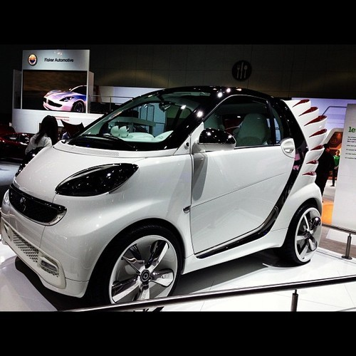 Jeremy Scott art at LA Auto Show. #jeremyscott #smart
