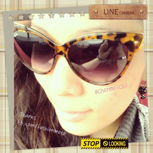 05/21/13 - Thanks @wr3yzza for my new sunnies :) http://www.facebook.com/fashionmoto (^_^) #fashion #fashionista #fashionmoto #accessories #igersmanila #igers #instafashion #cute #instadaily #photooftheday #picoftheday #girl #sponsor #blog #blogger #fotd #followme #philippines #instagram #sunnies #sunglasses #eyewear #eyes #chenmeicai