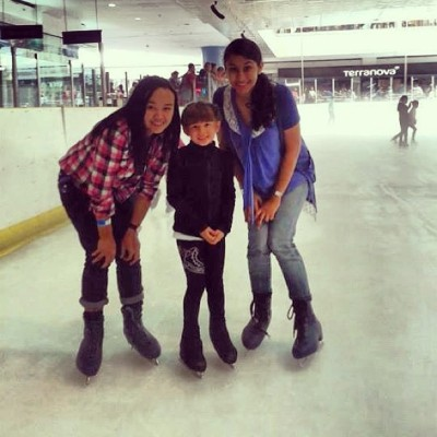This cute little girl😁 #skating #model #cute #moa  (at SM Skating Rink)