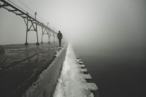 supitsalex:  Foggy Walk. (by ZacharySnellenberger)