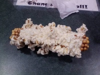theyoungpioneer:  niknak79:  This is What Happens When You Put Corn on the Cob in the Microwave  wait