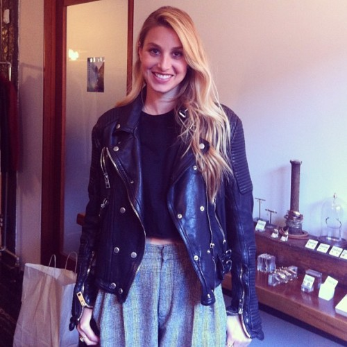 What a nice way to end a Friday with this pretty lady! Whitney Port stopped by for a spot of shopping, she's an OG #bingbangbabe