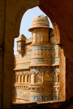 t-a-h-i-t-i:  Man Singh palace, Gwalior, Inde, India (Philippe Guy) by guy philippe on Flickr.