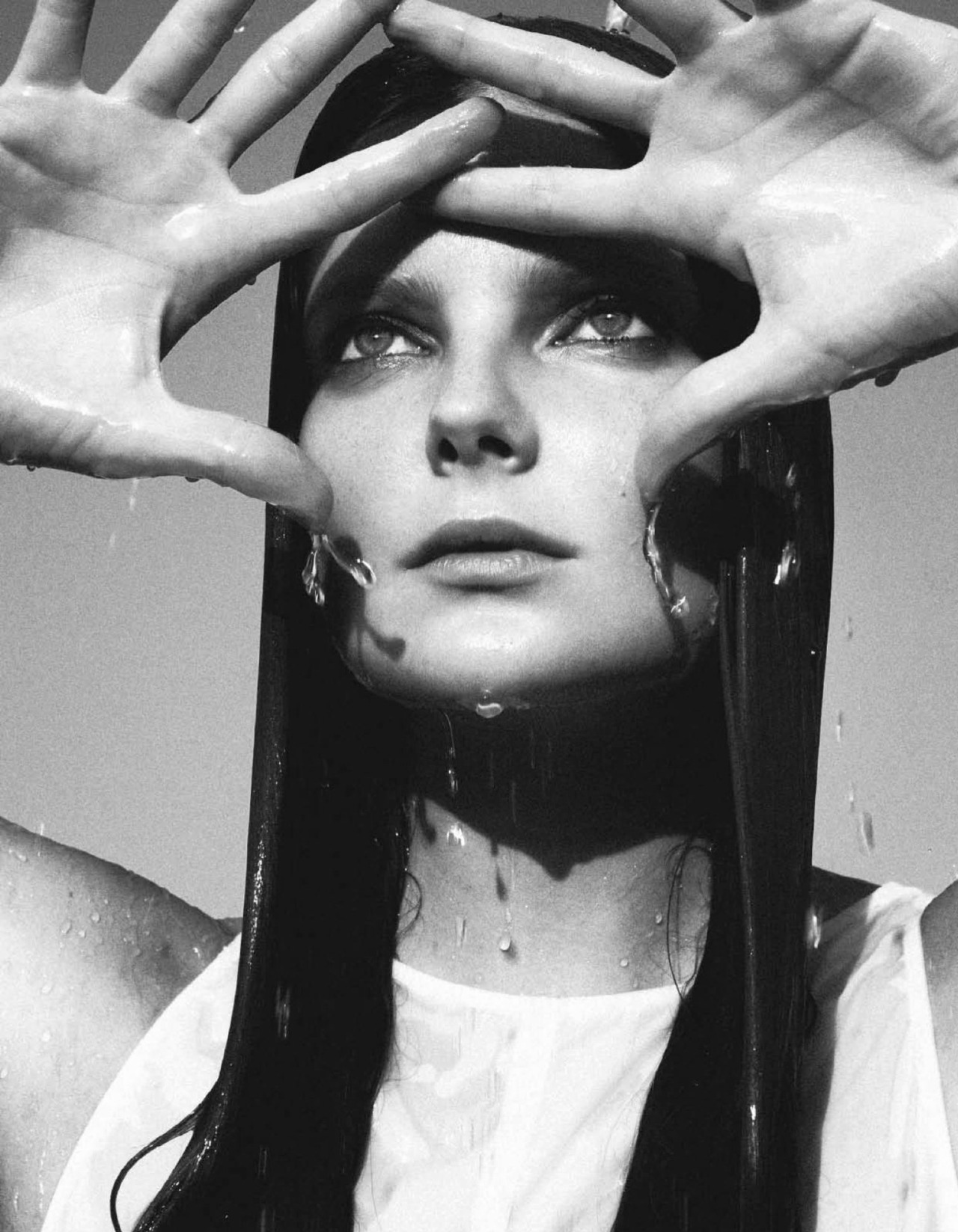 'Naïade' Eniko Mihalik photographed by Sofia Sanchez & Mauro Mongiello for Numero #130, February 2012