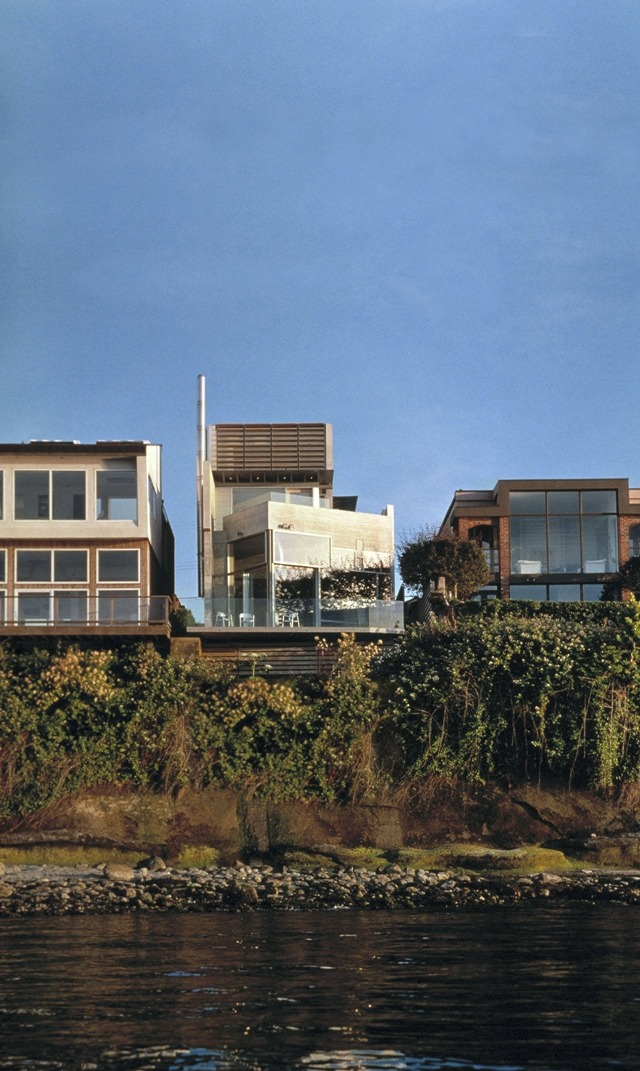 minimalmodernist:  Shaw House, Point Grey, Vancouver, Canada Architect: Patkau Architects Key features of this house include a swimming pool with glass bottom, waterfront location with downtown Vancouver view, and minimalist interiors follow Minimal Modernist for similar posts