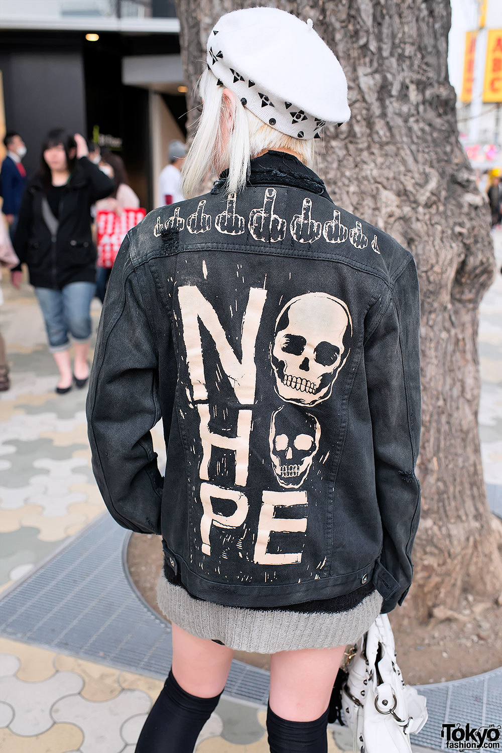 "Unif ""NO HOPE"" jacket & knee-high socks on the street in Harajuku."