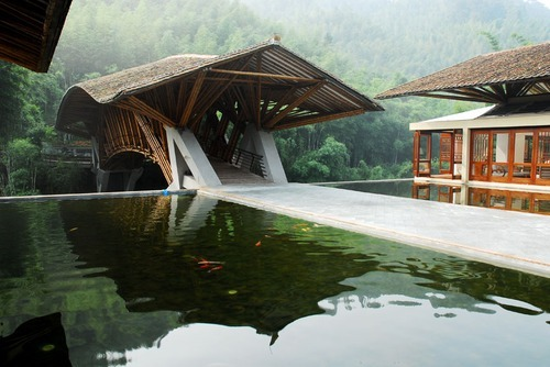 thekhooll:  Crosswaters Ecolodge  Simón Vélez, architect and pioneer in the contemporary use of bamboo as an essential building component.  He invented a new method to build foundations and roofs, which transformed one of the world's oldest building materials, namely bamboo, into a modern resource.