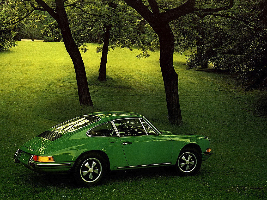 automotivated:  1972 Porsche 911 T 2.4 Coupé (by Auto Clasico)
