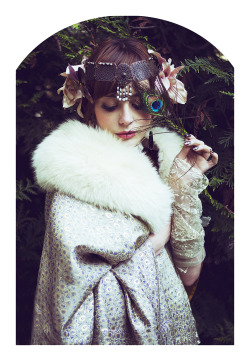 Muse Louise Pandora is wearing the custom made 'Cléo de Mérode' crown in her last series: A Tribute to Edgar Maxencehttp://www.misspandora.fr/tribute-to-edgar-maxence/photo ©Alexandra Banti
