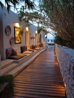 doartu:  Road for Psarrou Beach, Mykonos Island, Greece.