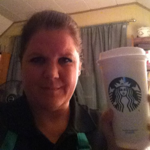 Today was a great day! #love #my #job #starbucks #berryrefresher #afterwork #smile #selfie #me #girly