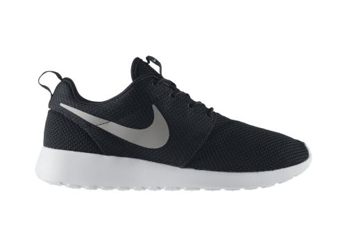 wantering:  Nike Roshe Run Trainers