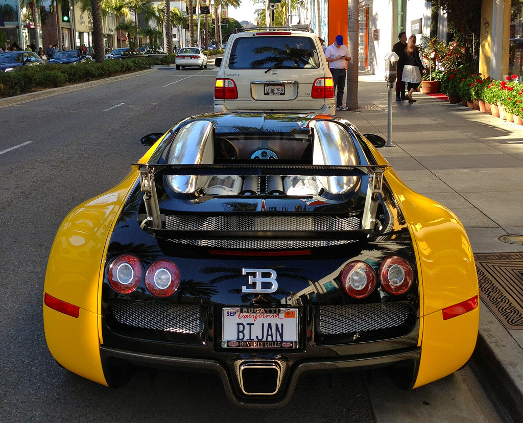 carpr0n:  B for Bijan Starring: Bugatti Veyron (by CL-19)
