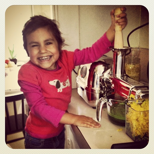 Everyone's excited. Our new juicer arrived today!  #superangeljuiceextractor #greenjuice #healthykids