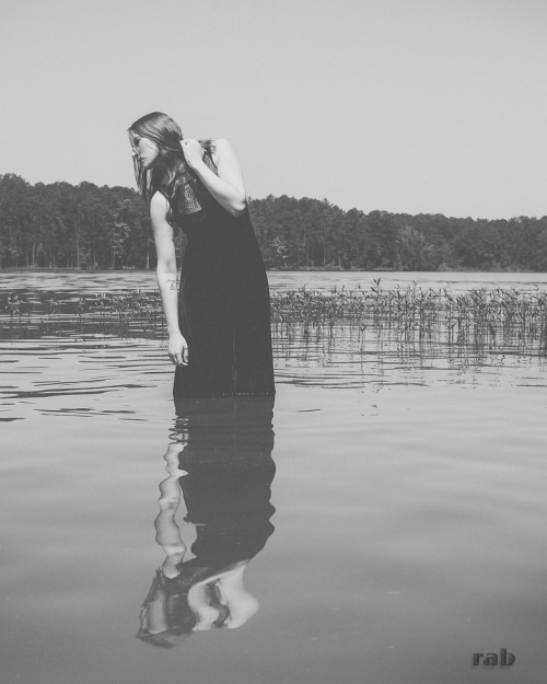 lensofrodney:  lady of the lake © rodney boles  Model: Nicole  *reblogs ok, but do not not remove credits*