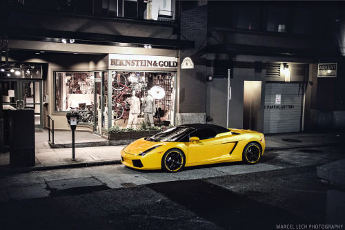 automotivated:  Gallardo (by Marcel Lech)