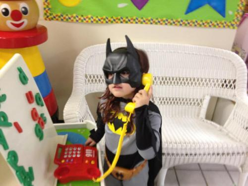 girlslovesuperheroes:  Yes Commissioner Gordon?