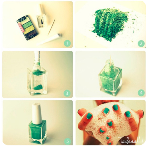 brownfinches:  DIY Nail Polish!