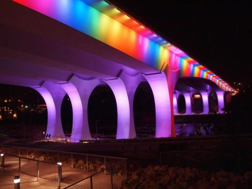 transportationnation:  The city of Minneapolis lit the I-35 bridge was lit like this Tuesday night to celebrate the passage of marriage equality in Minnesota.