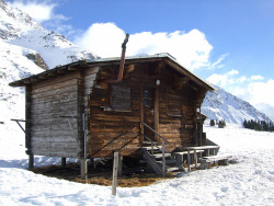 cabinporn:  Mountain hut in San Bernadino, Switzerland.