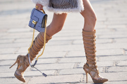 heelchorus:  » Versace (by Donatella Versace) Pointy toe platform Gladiator sandals with stiletto heels, S/S 2013 Collection. [Image: Nobody Knows Marc]