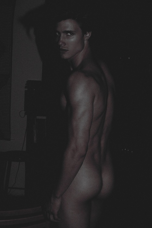 tumblr mn4mfhT3ch1sp15o1o1 500 lallypopmagazine:  Dorian Reeves: THE NATURE OF DESIRE by Joseph...