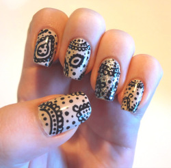 evesnails:  Paisley Nails.