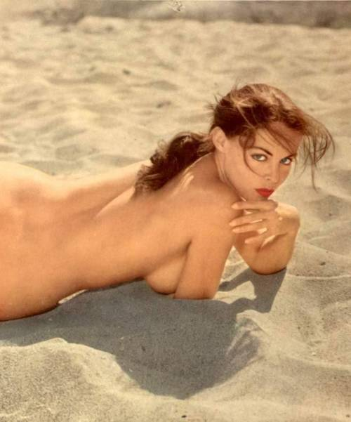 pepedyne-paradigm:  Diane Webber on sun warmed sand