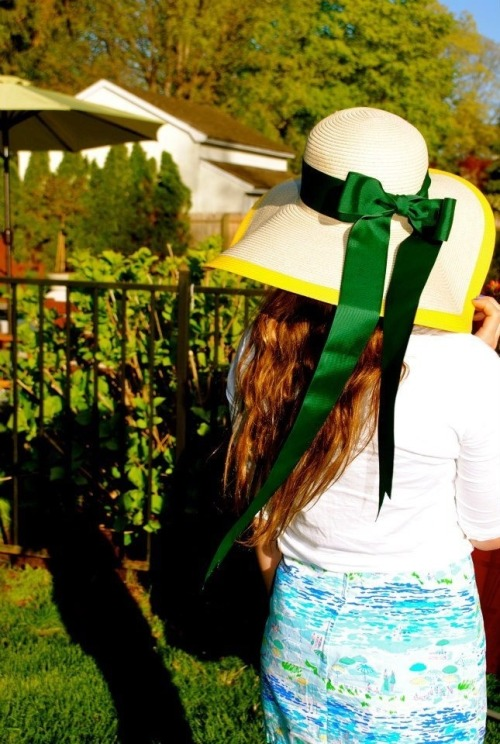 vineyard-sails:  sea-swept-hair:  Just some Derby attire