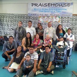 Grandma Vaiula with all of her children & grandchildren on Mother's Day, just missing Aunty @elay777, @fuiava47, Drew & myself. My Grandma looked so happy! I know Grandpa was smiling in heaven too! I love and miss them so much! #AigaStrong #FuiavaBuilt