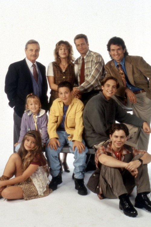 lastfiascorun:  This is amazing! TV shows from the 80s and 90s  http://www.glamourmagazine.co.uk/celebrity/entertainment/monitor/2013/03/nostalgic-tv-shows-saved-by-the-bell-blossom-clarissa#!image-number=41 Used to love Boy Meets World!