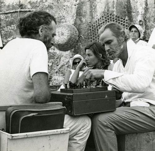 On 'Queimada' set