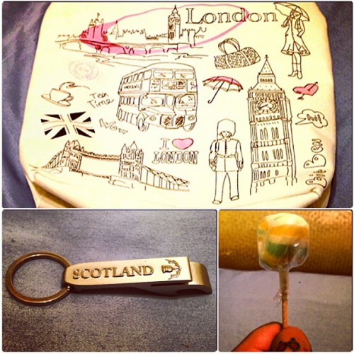 Got a super cute bag from London, a shiny bottle opener from Scotland, & a funky looking lollipop from somewhere else in Europe; all thanks to @cjane007. THANK YOU. ❤#lovemybag #perfectgifts