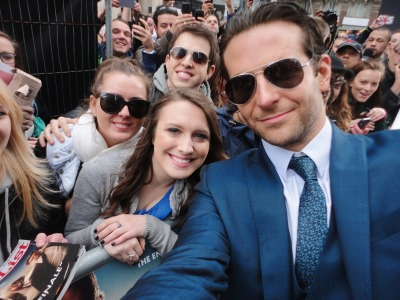 jenniferbradleymagnificent:  justinemitchellll:  Met Bradley Cooper at The Hangover premiere in London today! He was such a sweetie.   T-T