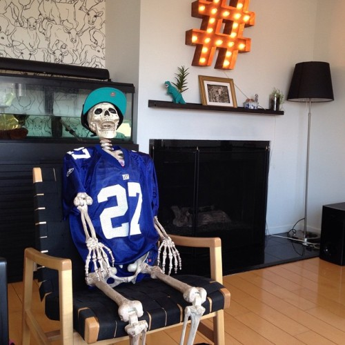 #Oscare is a huge @nygiants fan. #gobigblue!