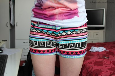 r4ndompeasant:  inhalecats:  my legs are fat but my shorts are awesome ~  your legs are perfect <3