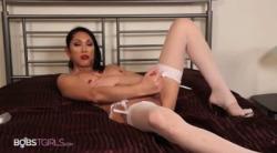 [BobsTgirls] Julia Winston / Relaxing Cumshot –  Julia_Winston_Relaxing_Cumshot.mp4