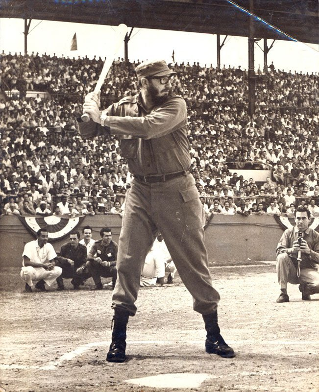 mudwerks:  (via vintagephoto: Fidel Castro Playing Baseball)