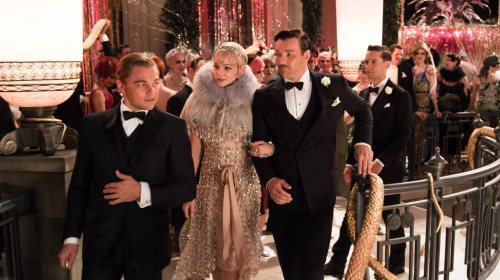 gatsbymovie:  Step inside our 1920s photo booth, and join the party! http://bit.ly/JoinGatsbysParty