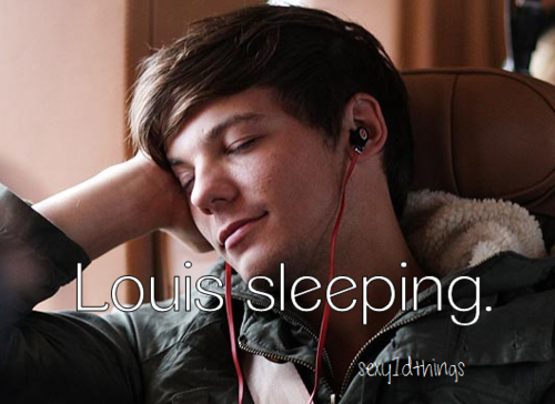 Louis Sleeping on @weheartit.com - http://whrt.it/ZuWYRQ