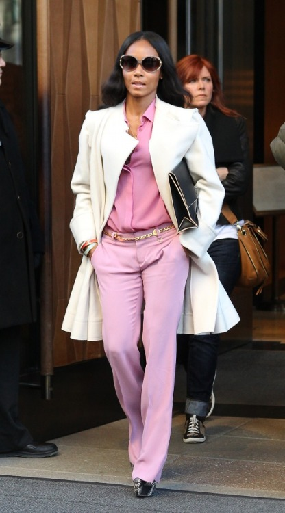 thefashionbomb:   Get the Look: Jada Pinkett Smith's Trump Soho Gucci Gauze Menswear-Inspired Shirt, Bubble Gum Matte Satin Skinny Flare Pants, and Proenza Schouler Large Leather Lunch Bag