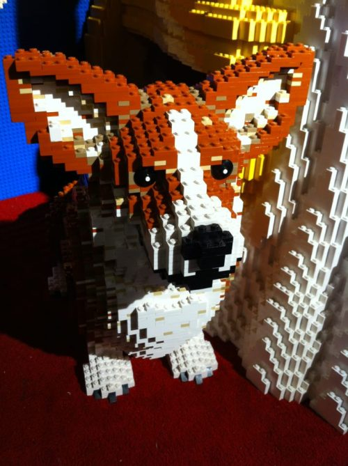 corgiaddict:  I did not make this but I saw it online. HOW DOES LEGO NOT MAKE THIS AS A SET?! Holy corgi, this is amazing. I need this. Now.