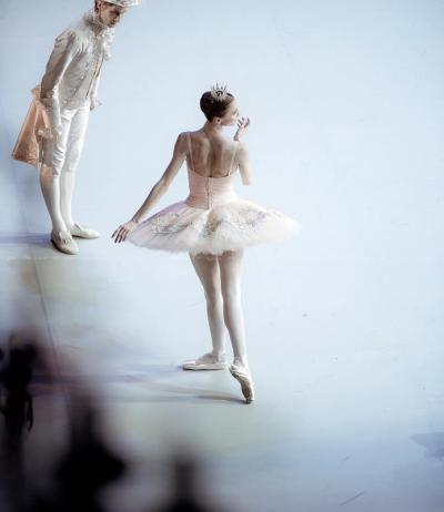 rosesinmay:  Svetlana Zakharova - Sleeping Beauty Photo: Nikolay Krusser