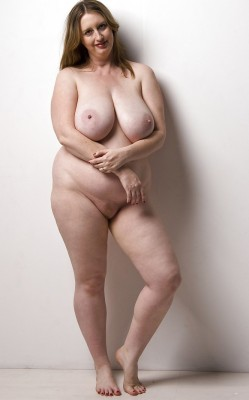 busty british bbw  Submitted by hungry4pussy. Thank you!