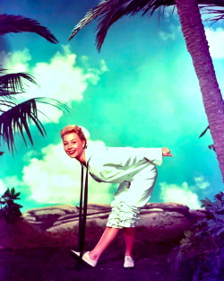 Mitzi Gaynor, South Pacific.